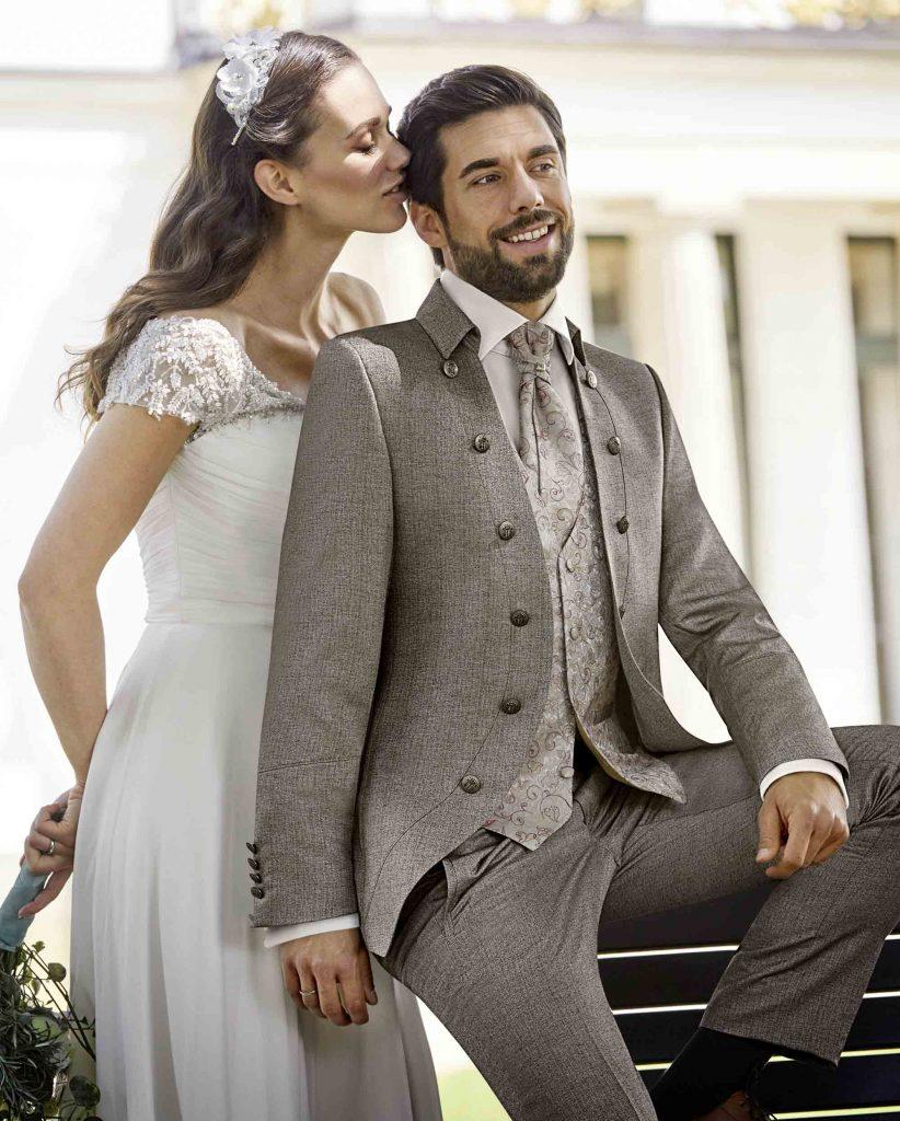 Hochzeitsanzug von TZIACCO | GRANDITS Hochzeitsmode Wien